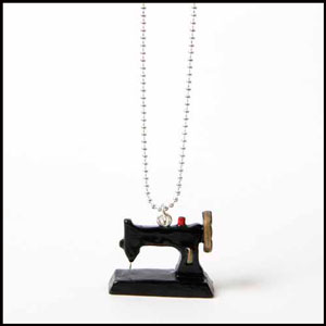NECKLACE-SEWING-MACHINE-300-