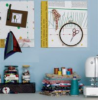 get 5 free patterns for sewing room organization ideas from expert Melinda Barta.